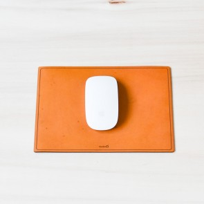 Studio D. Leather Mouse Mat